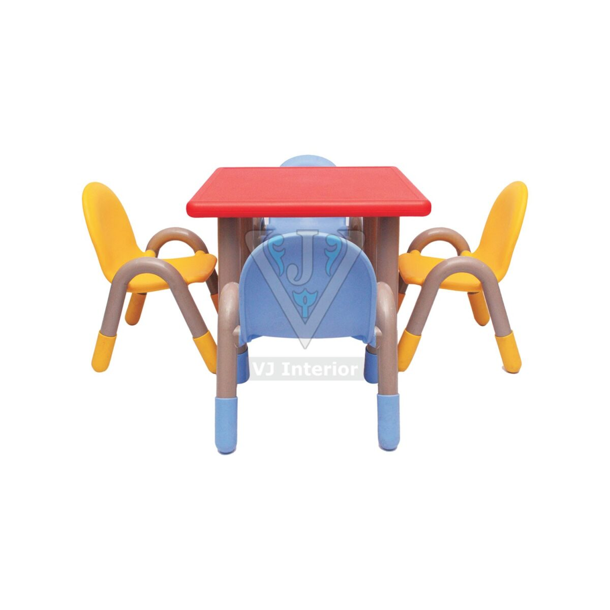 THE RED SQUARE TABLE WITH FOUR CHICO CHAIRS