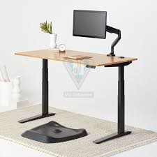 The Benefits Of A Standing Desk At Work